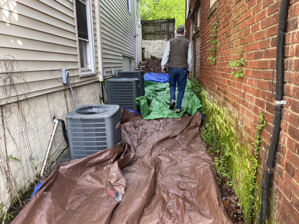 Using tarps to protect Roof Tear Off