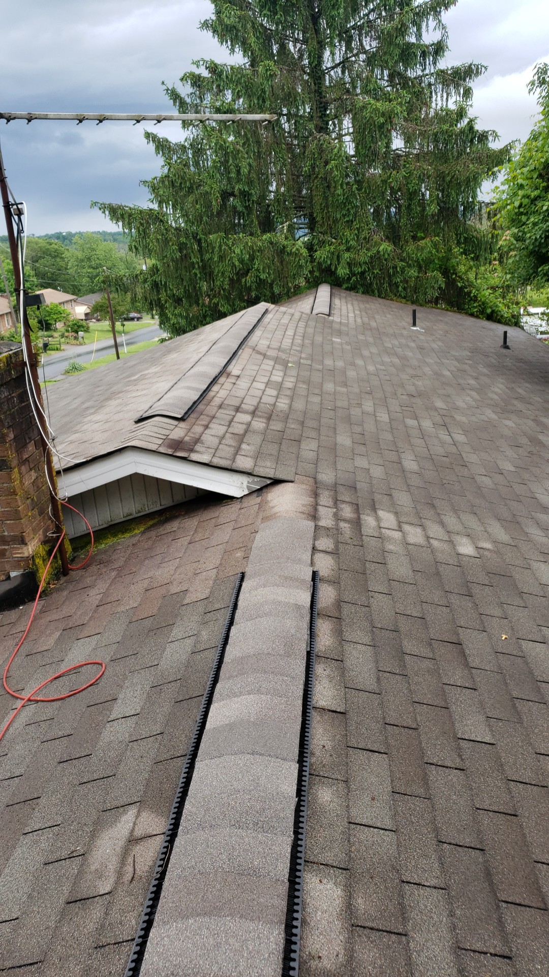 This is an image showing all  three ridges of the roof.