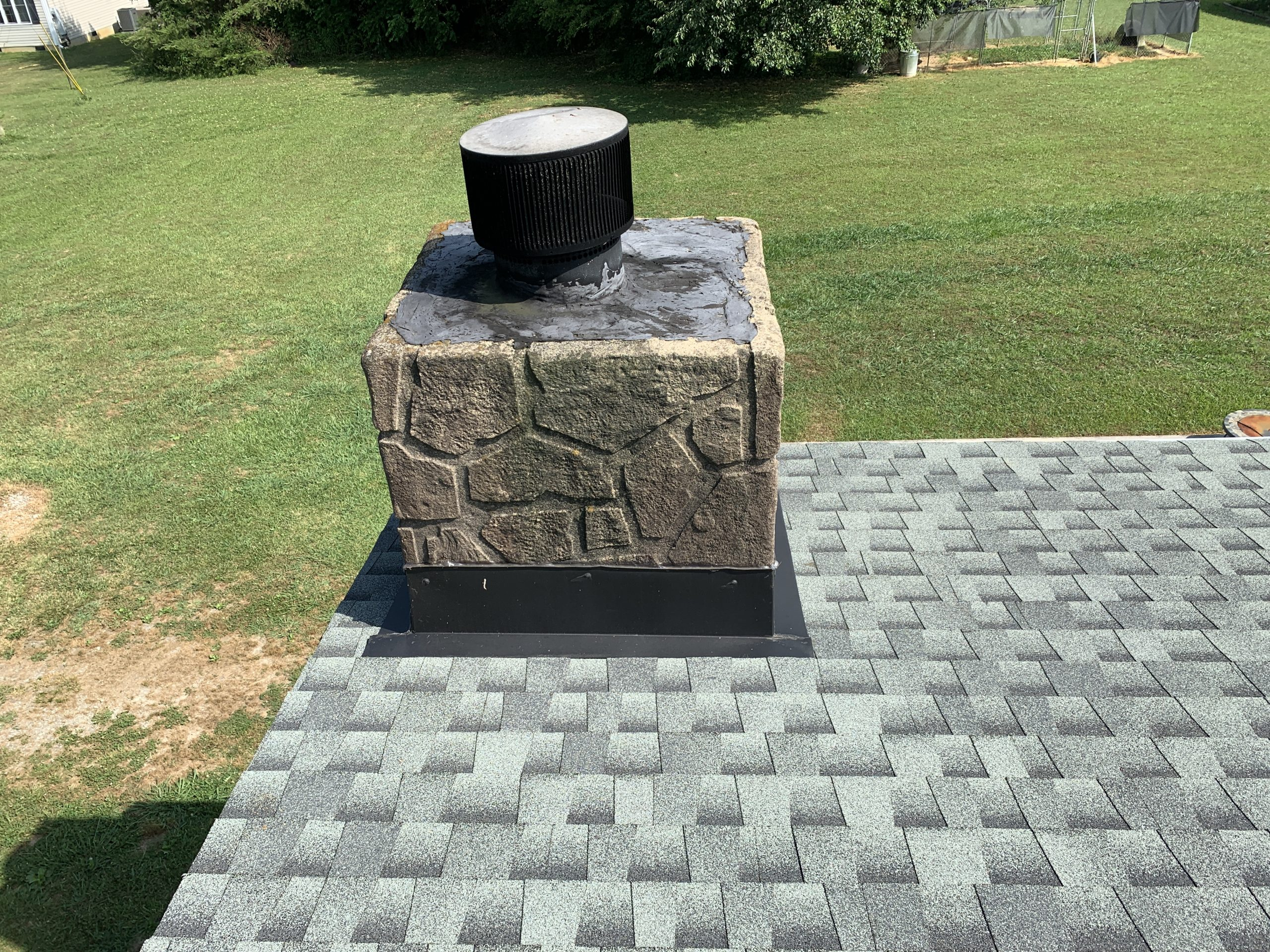Proper chimney flashing