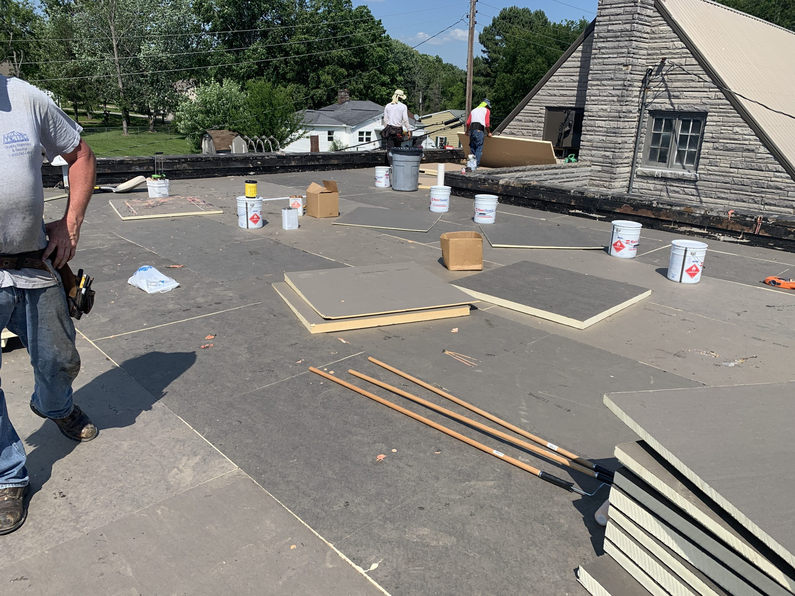 This is the installation of a flat roof with ISO boards.