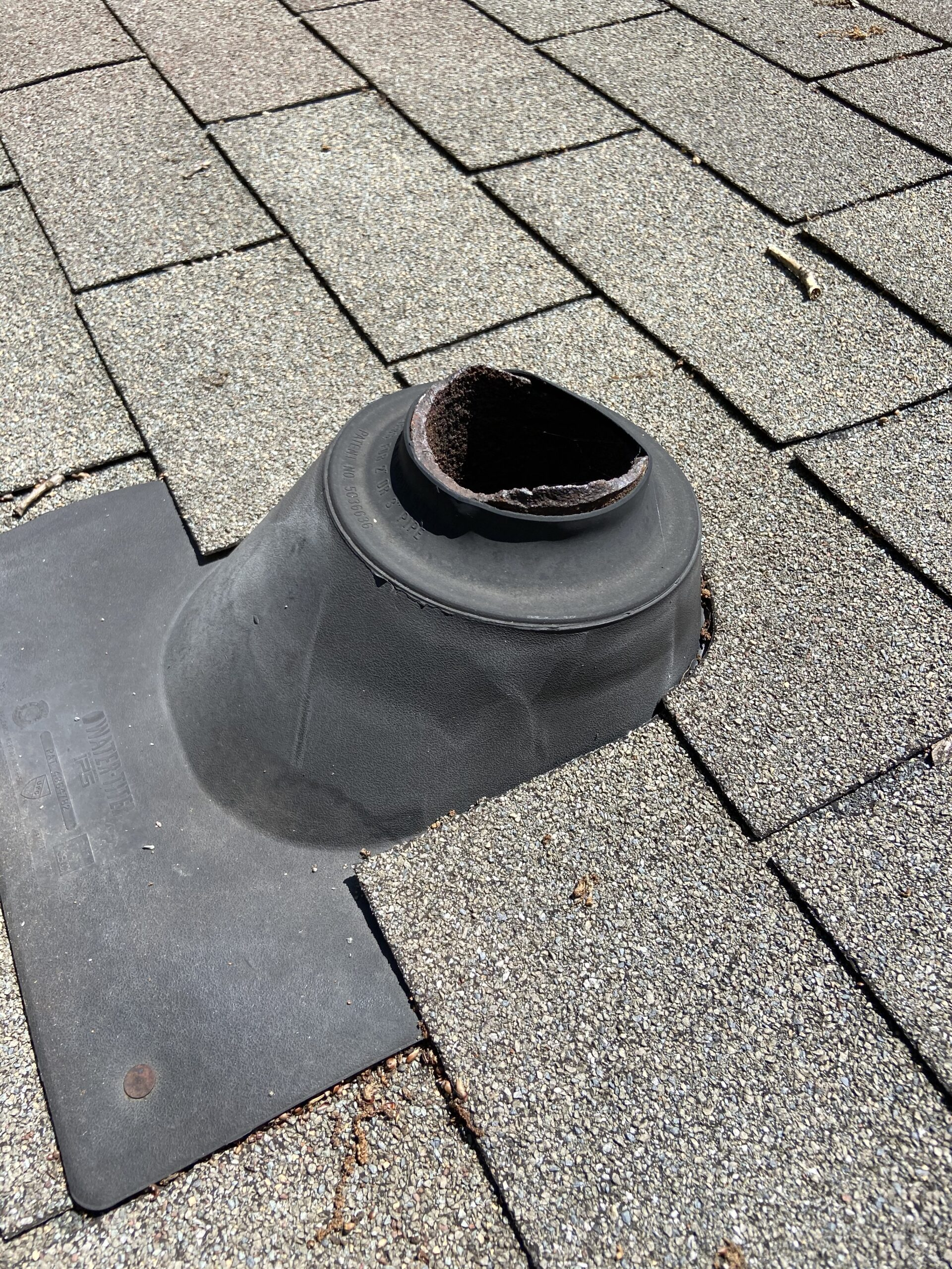Here's a picture of this old pipe boot that is right at the top of the old exhaust pipe