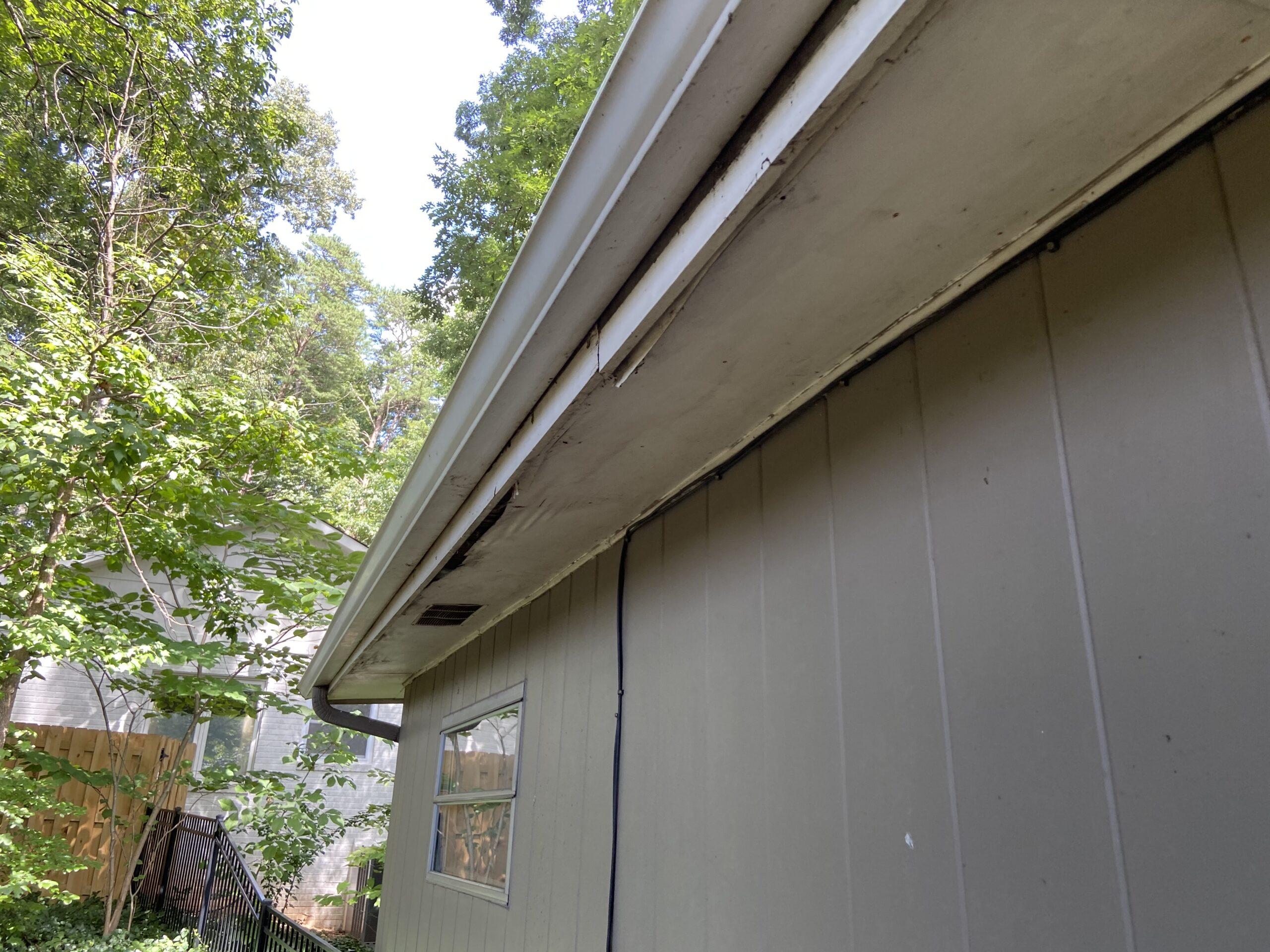 Roof leak on edge of roof causing leaks