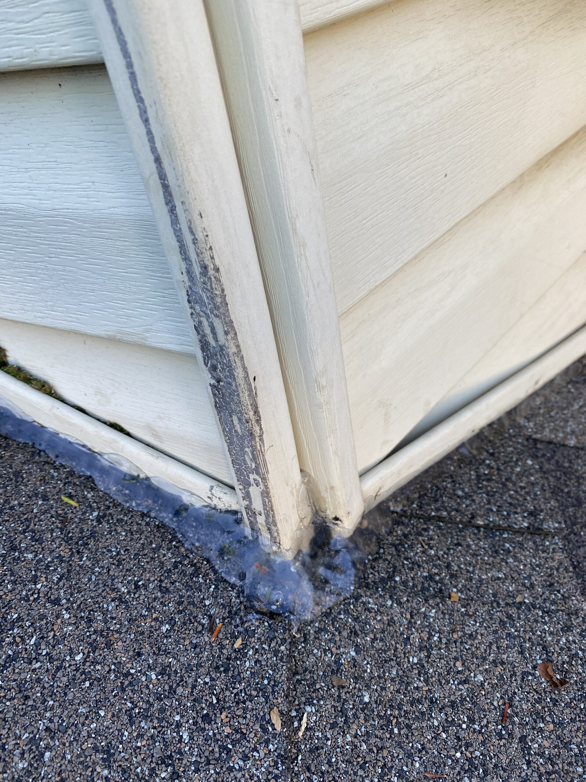 Resealed siding