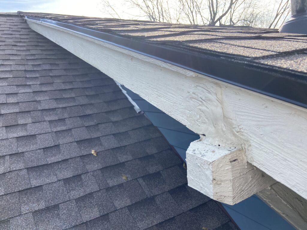 This is a picture of the roofline that is nice and straight we did not disturb this reply on during construction